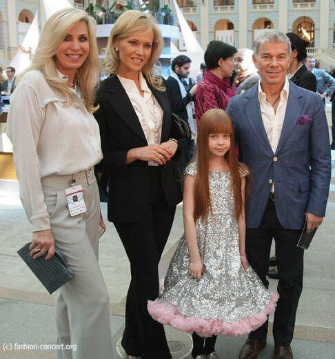 Олег Газманов, Зара, Армен Еритян, Яна Чурикова, Наталья Королева на открытии Moscow Fashion Week