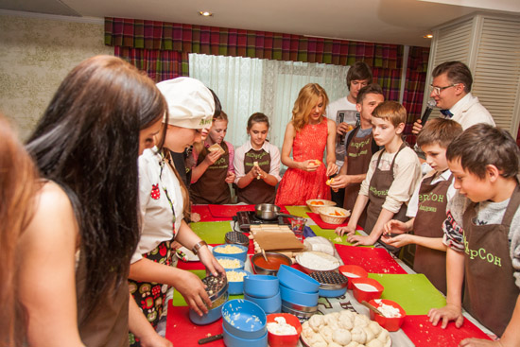«Радио Дача» поздравила всех детей с праздником!