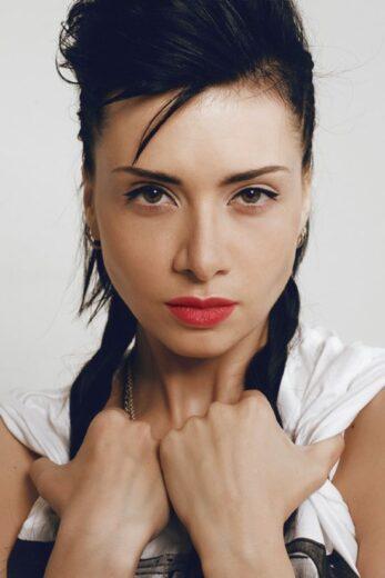 Ирина Архангельская:  «Творчество – самостоятельная единица, свободная ото всего»