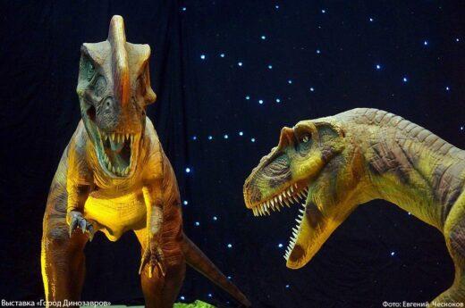 Живые динозавры на ВДНХ!