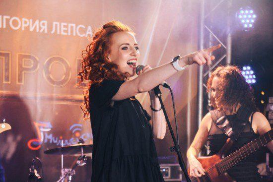 18 ноября в Rose Bar прошел первый полуфинал музыкального конкурса «Высшая проба», в котором победила - правда, не без труда - группа «Бобры».